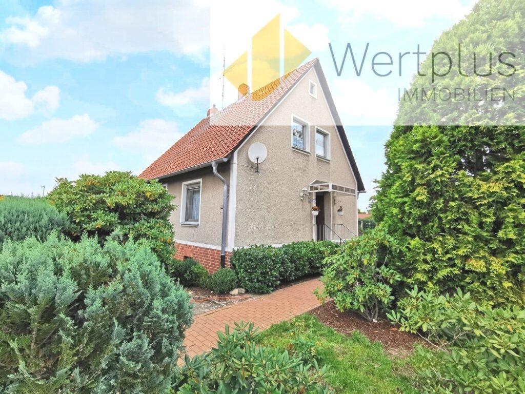 Immobilienangebot: Haus mit Nebengebäude in Schwarmstedt Fachwerk Kotten bei Visselhövede - Wertplus Immobilien